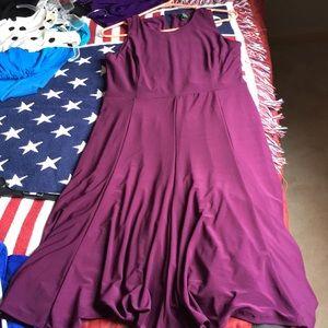 Lauren stretchy dress wine color